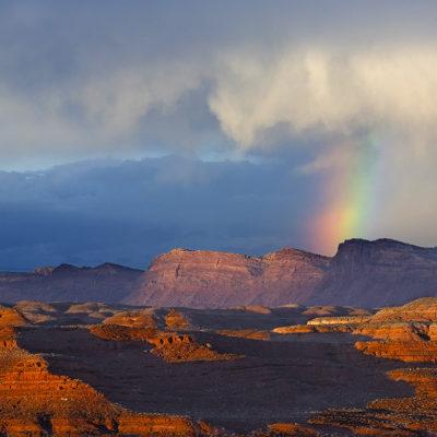 Comb Ridge Rainbow